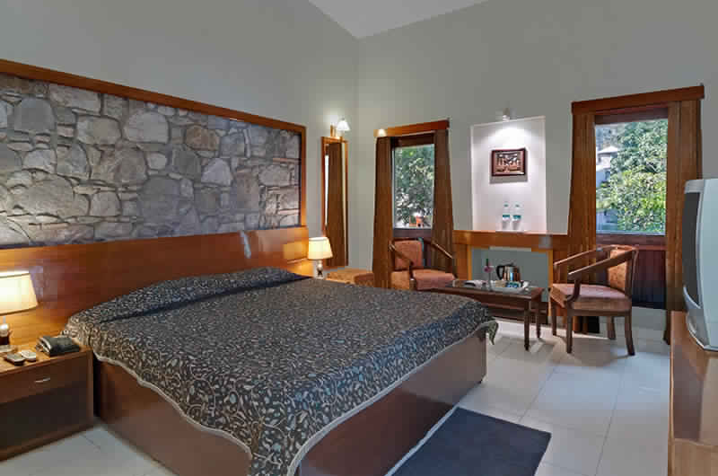 Corbett Suman Grand-Luxury Room